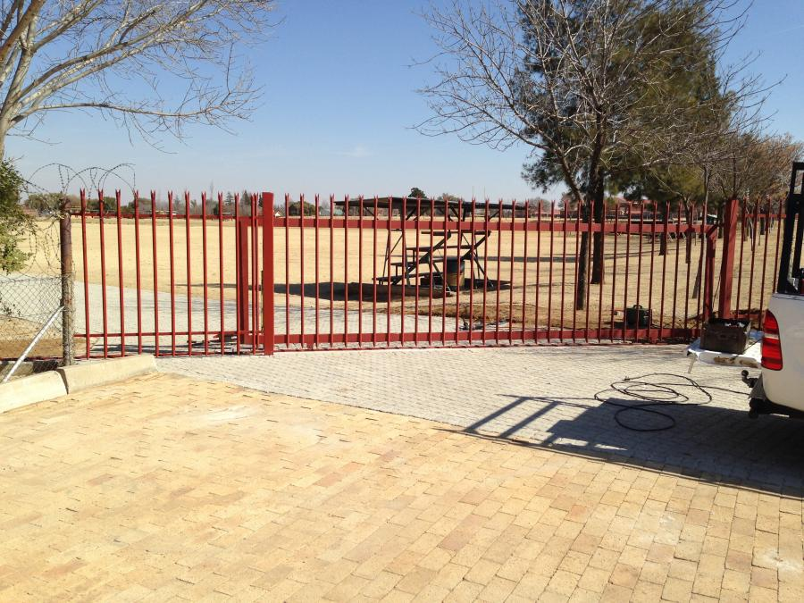 carports-&amp-steel-works