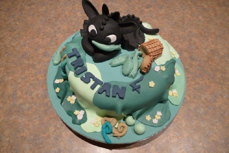 &quothow-to-train-you-dragon&quot-cake