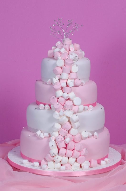 marshmallow-wedding-cake-