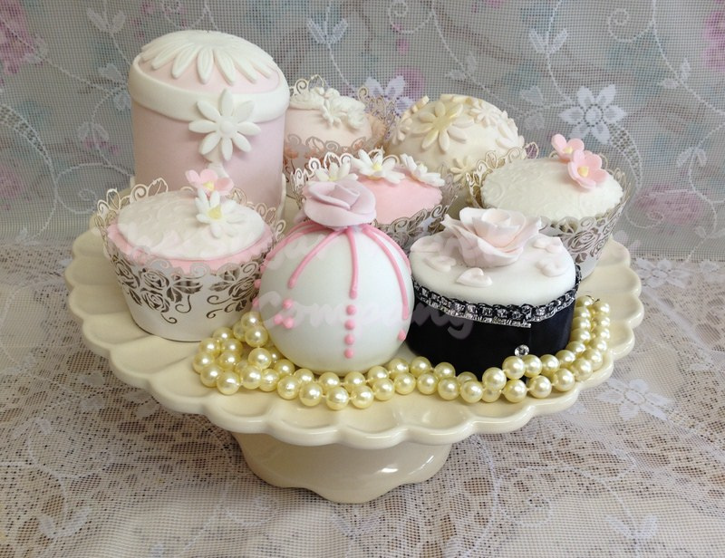 small-wedding-cakes
